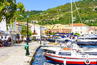 The pretty town of Gaios, the main port and harbour on the island, Paxos, Ionian Islands, Greek Islands, Greece, Europe