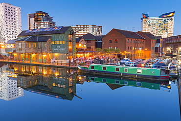 Gas Street Basin, Canal Old Line, Birmingham, England, United Kingdom, Europe