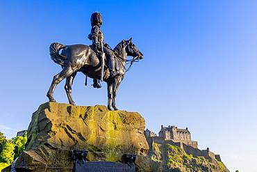Royal Scots Greys Statue, Edinburgh Castle, Edinburgh, Scotland, United Kingdom, Europe