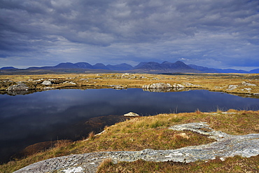 Roundstone Bog and 12 Bens, Connemara, County Galway, Connacht, Republic of Ireland, Europe