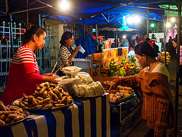 Night market food stalls, Luang Prabang, Laos, Indochina, Southeast Asia, Asia
