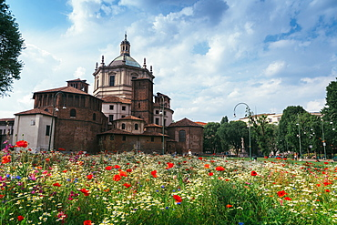 The Basilica of San Lorenzo Maggiore, an important place of Catholic worship, Milan, Lombardy, Italy, Europe