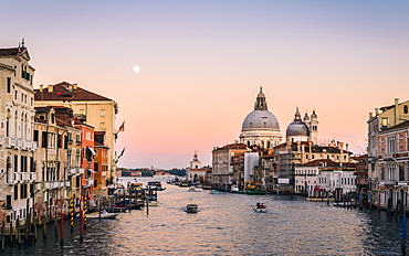 Grand Canal at sunset, Venice, UNESCO World Heritage Site, Veneto, Italy, Europe