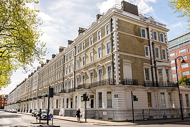 Traditional Georgian-style flats in South Kensington, London, England, United Kingdom, Europe