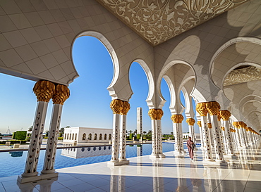 Sheikh Zayed bin Sultan Al Nahyan Grand Mosque, Abu Dhabi, United Arab Emirates, Middle East