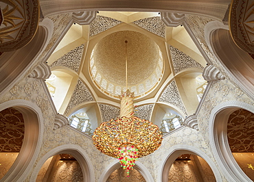 Sheikh Zayed bin Sultan Al Nahyan Grand Mosque, interior, Abu Dhabi, United Arab Emirates, Middle East