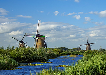 Windmills in Kinderdijk, UNESCO World Heritage Site, South Holland, The Netherlands, Europe