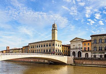 Palazzo Pretorio and Ponte Di Mezzo over Arno River, Pisa, Tuscany, Italy, Europe