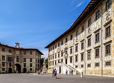 Palazzo della Carovana, Piazza dei Cavalieri (Knights' Square), Pisa, Tuscany, Italy, Europe
