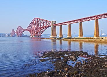 View of the Forth Bridge, UNESCO World Heritage Site, Queensferry, near Edinburgh, Lothian, Scotland, United Kingdom, Europe