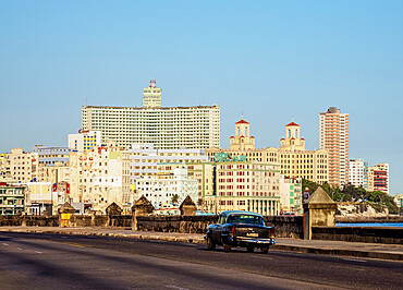 El Malecon, Havana, La Habana Province, Cuba, West Indies, Caribbean, Central America