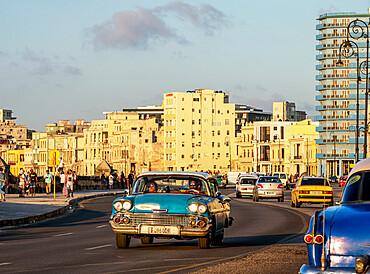 El Malecon at sunset, Havana, La Habana Province, Cuba, West Indies, Caribbean, Central America