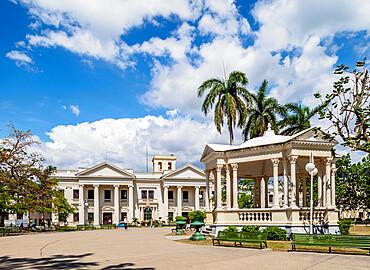 Former City Hall, now Jose Marti Library, Parque Vidal, Santa Clara, Villa Clara Province, Cuba, West Indies, Caribbean, Central America