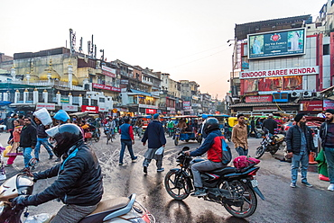 Chandni Chowk street market, Old Delhi, India, Asia