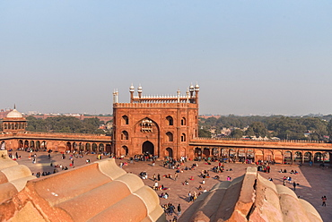 View of The Red Fort from Jama Masjid, Old Delhi, India, Asia