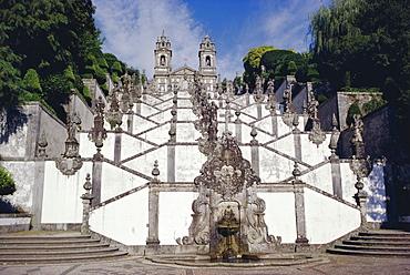 Santuary staircase 1723, from halfway point, Bom Jesus do Monte, Braga, Minho, Portugal, Europe