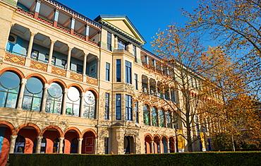 The Judge Business School, University of Cambridge on the site of the old Addenbrookes Hospital, Cambridgeshire, England, United Kingdom, Europe