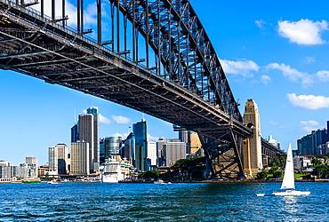 Sydney Harbour Bridge with city skyline, Sydney, New South Wales, Australia, Pacific