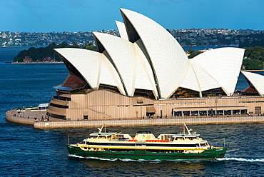 Manly ferry goes past Sydney Opera House, UNESCO World Heritage Site, Sydney, New South Wales, Australia, Pacific