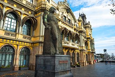 Statue of Romul Bosch I Alsina, MP and mayor, at the Port de Barcelona building, Port Vell, Barcelona, Catalonia, Spain, Europe