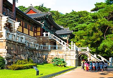 Tourist group at Bulguksa Temple, Gyeongju, Kyongju, South Korea, Asia