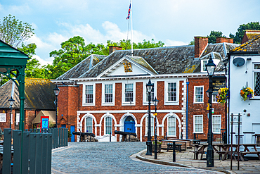 The Old Custom House on Exeter Quay, built in 1680, Devon, England, United Kingdom, Europe