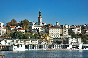 Donau (River Danube) with the inner city of Belgrade, Serbia, Europe