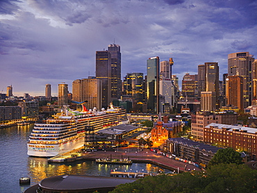 Sydney downtown skyline at dawn, Sydney, New South Wales, Australia, Pacific