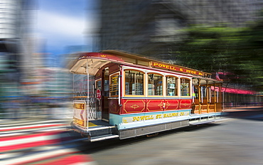 Fast moving cable car in San Francisco, California, United States of America, North America