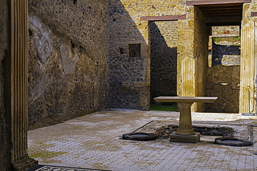 Casa del Frutteto atrium, remains of the House of the Orchard after Mount Vesuvius volcanic eruption in AD 79, Pompeii, UNESCO World Heritage Site, Campania, Italy, Europe