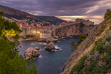 View at dawnfrom the Lovrijenac Fortress over the walled old town of Dubrovnik, UNESCO World Heritage Site, Croatia, Europe