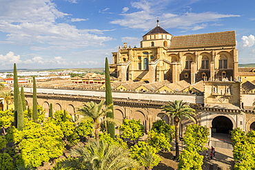 The Mosque-Cathedral (Great Mosque of Cordoba) (Mezquita), UNESCO World Heritage Site, seen from the bell tower, Cordoba, Andalusia, Spain, Europe