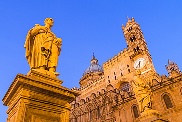 Palermo Cathedral at dawn, UNESCO World Heritage Site, Palermo, Sicily, Italy, Europe