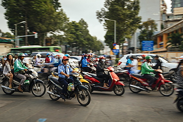 Rush hour in Ho Chi Minh City, Vietnam, Indochina, Southeast Asia, Asia