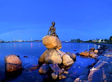 Statue of the Little Mermaid, Copenhagen, Denmark, Europe