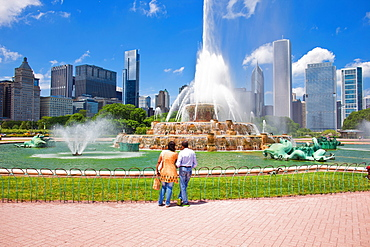 Buckingham fountain, Chicago, Illinois, United States of America, North America