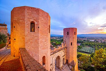 Torri di Properzio and Porta Venere, Spello, Perugia, Umbria, Italy, Europe