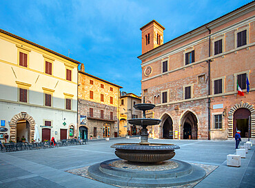 Piazza della Repubblica, Spello, Perugia, Umbria, Italy, Europe