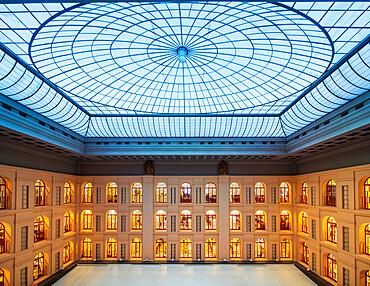 Sala delle Grida (Shout Room) (Cries Room), Palazzo Mezzanotte, Piazza degli Affari, Milan, Lombardy, Italy, Europe