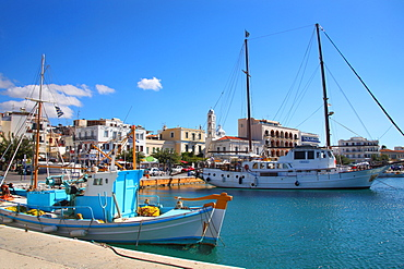 The port, Tinos Island, Cyclades, Greek Islands, Greece, Europe