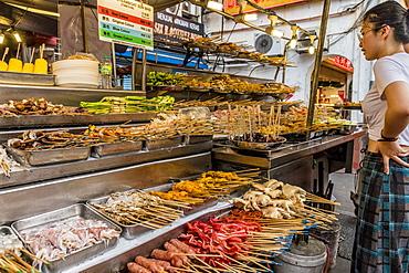 Local food market in Chinatown in Kuala Lumpur, Malaysia, Southeast Asia, Asia