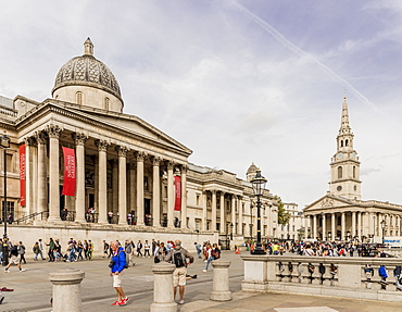 The National Gallery and St. Martins in the Fields church in Trafalgar Square, London, England, United Kingdom, Europe