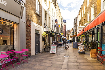 A street and restaurant scene in Fitrovia, London, England, United Kingdom, Europe