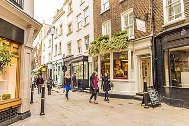 Lancashire Court, a pedestrianised area in Mayfair, London, England, United Kingdom, Europe