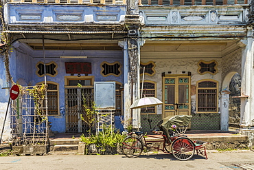 Local Chinese architecture in George Town, Penang Island, Malaysia, Southeast Asia, Asia