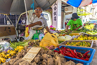 Fruit stall at Campbell Street Market in George Town, UNESCO World Heritage site, Penang Island, Malaysia, Southeast Asia, Asia