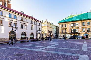 Little Market Square (Maly Rynek), in the medieval old town, UNESCO World Heritage Site, Krakow, Poland, Europe