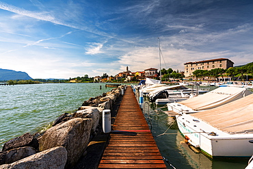 Clusane d'Iseo, Iseo Lake, Brescai province, Lombardy district, Italy, Europe