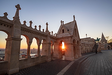Sunrise over Budapest from Fishermans Bastion, Castle Hill District, Budapest, Hungary, Europe