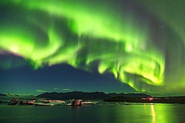 Amazing Aurora Borealis (Northern Lights) display over Jokulsarlon Glacial Lagoon, South Iceland, Iceland, Polar Regions